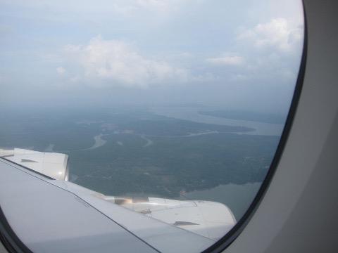 機窓からのシンガポール