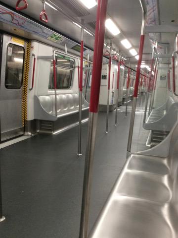 MTRの車内