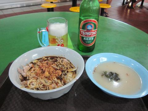 麺とスープと青島ビール