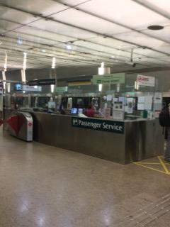 チャンギ空港駅のサービスカウンター