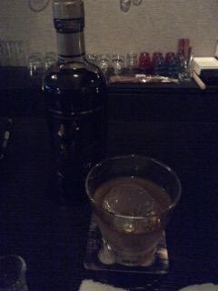 ウィスキーを飲みます