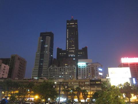 高雄85スカイタワー