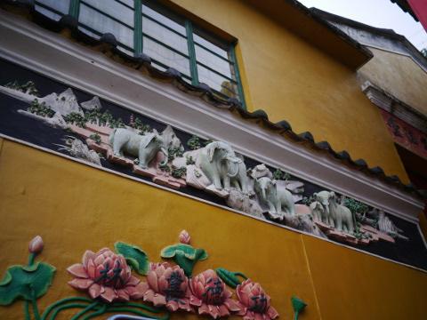 お寺の装飾