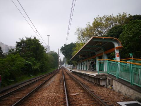LTR青山村駅