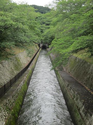 長等山中へ消える琵琶湖疏水