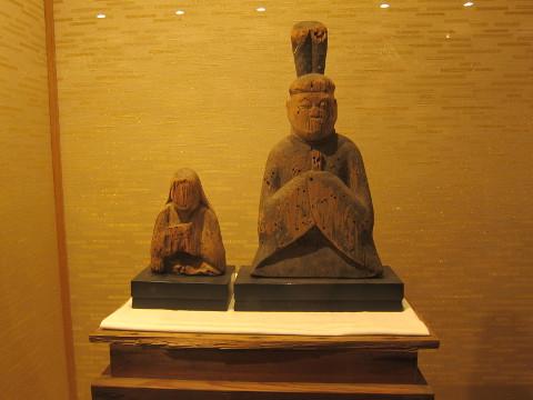 平安時代の男神像
