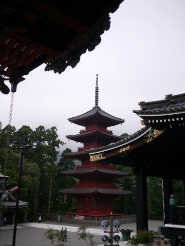 久遠寺五重塔