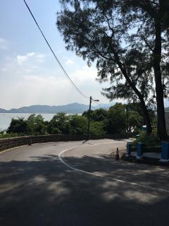 竹灣海灘へのアプローチ