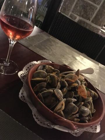 アサリとワイン