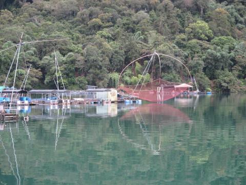 伊達邵の漁村