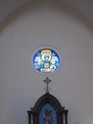 ペンニャ教会のステンドグラス