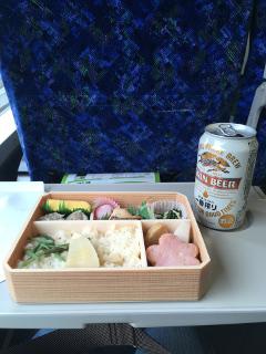 グリーン車で食べる