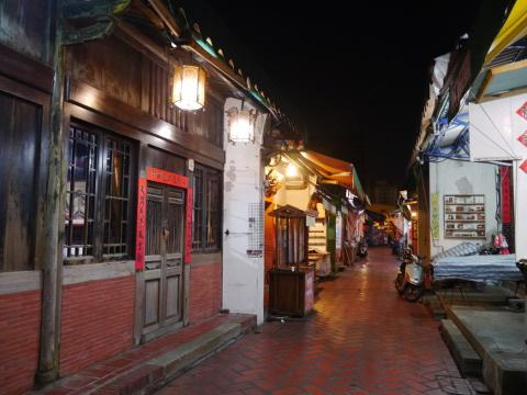 夜の鹿港老街