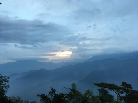 阿里山の日の出