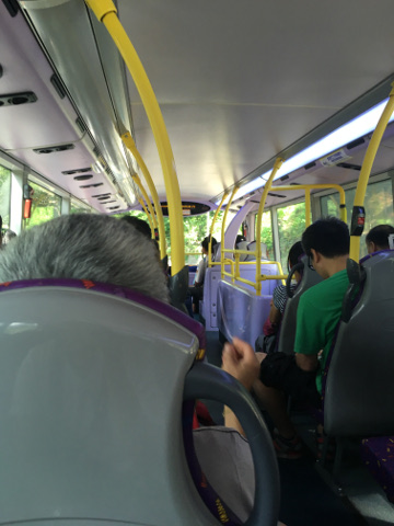 2階建バスに乗る