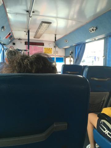 台北行きのバス車内