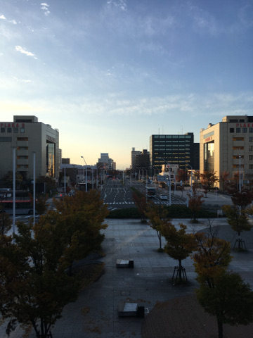 朝の新潟駅