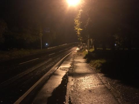 夜の小樽を歩く