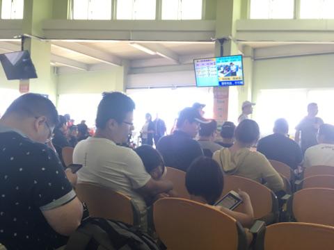 馬公港ターミナル待合室