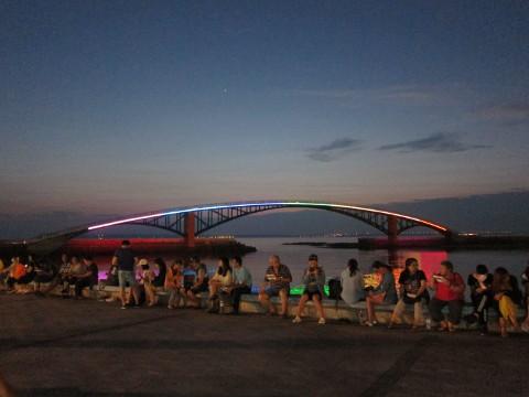 観音亭から見える虹橋
