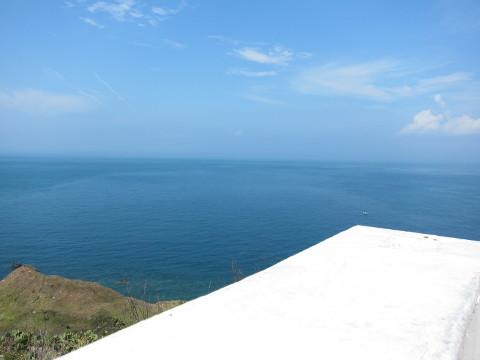 漁翁島燈塔の海