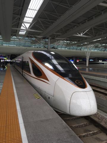 上海虹橋駅の中国高速鉄道